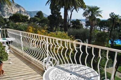 Apartment for sale in BEAULIEU-SUR-MER  - 4 rooms - 125 m²