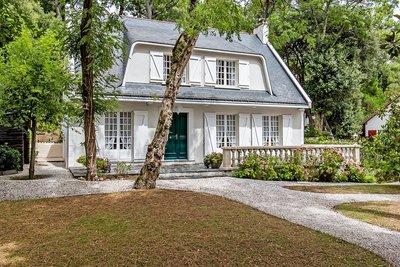 Maison à vendre à LA BAULE  - 6 pièces - 200 m²