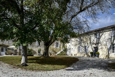 House for sale in LIBOURNE  - 15 rooms - 445 m²