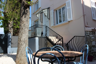 House for sale in DRAGUIGNAN  - 5 rooms - 88 m²