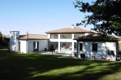 Maison à vendre à DREMIL LAFAGE  - 6 pièces - 500 m²
