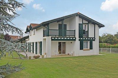 - 6 rooms - 173 m²