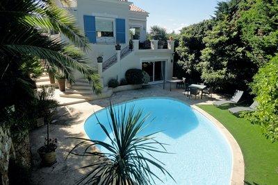 Maison à vendre à CAP D'ANTIBES  - 6 pièces - 161 m²