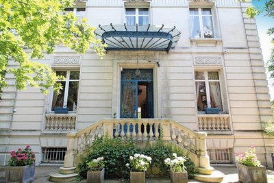 House for sale in BORDEAUX   - 500 m²