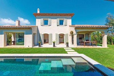 Maison à vendre à MANDELIEU-LA-NAPOULE  - 5 pièces - 186 m²
