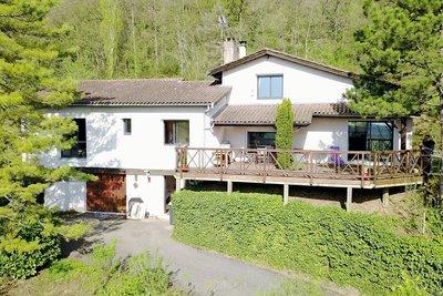 Maison à vendre à LENTILLY  - 7 pièces - 200 m²
