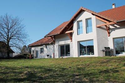 Maison à vendre à YENNE  - 5 pièces - 165 m²