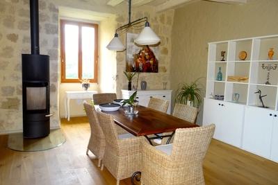 - 6 pièces - 210 m²