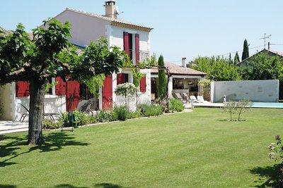 Maison à vendre à ST-RÉMY-DE-PROVENCE  - 7 pièces - 268 m²