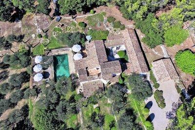 Maison à vendre à VALBONNE  - 9 pièces - 400 m²
