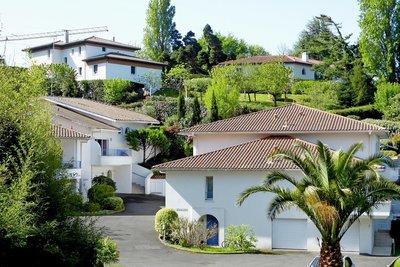 Apartment for sale in ST-JEAN-DE-LUZ  - 3 rooms - 83 m²