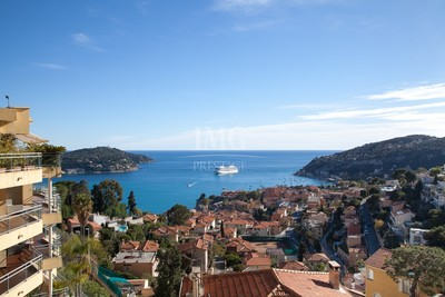Apartment for sale in VILLEFRANCHE-SUR-MER  - 4 rooms - 144 m²