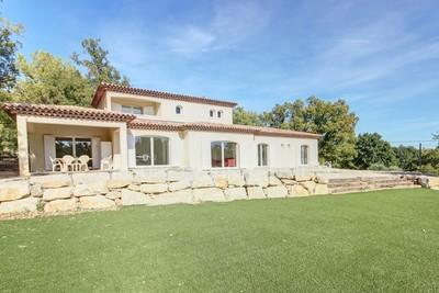 Maison à vendre à MONTAUROUX  - 6 pièces - 340 m²