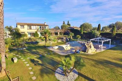 Maison à vendre à VENCE  - 7 pièces - 300 m²