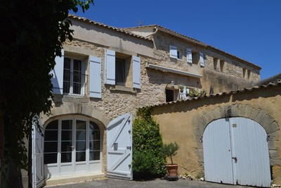 House for sale in UZÈS  - 5 rooms - 200 m²