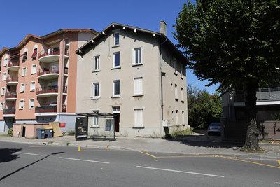 - 12 pièces - 250 m²