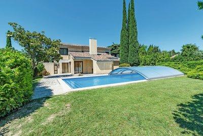 Maison à vendre à STE-CÉCILE-LES-VIGNES  - 6 pièces - 210 m²