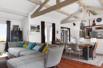 - 6 rooms - 240 m²