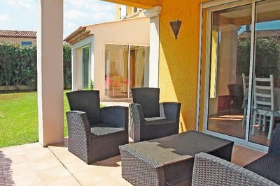House for sale in ROQUEBRUNE-SUR-ARGENS  - 4 rooms - 110 m²