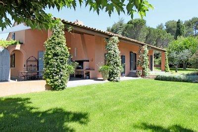 - 5 rooms - 253 m²