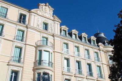 Apartment for sale in MENTON  - 4 rooms - 100 m²