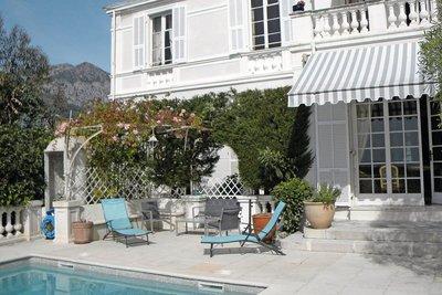 Maison à vendre à MENTON  - 10 pièces - 600 m²