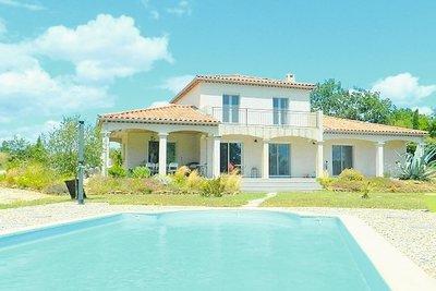 Maison à vendre à BANNE  - 10 pièces - 148 m²