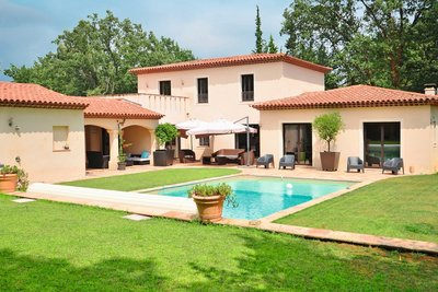 Maison à vendre à VALBONNE  - 6 pièces - 250 m²