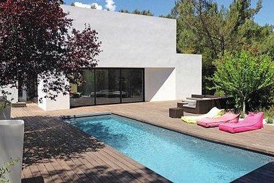 Maison à vendre à LE THOLONET  - 6 pièces - 280 m²