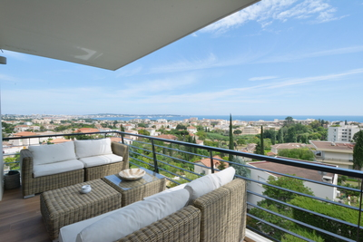 Apartment for sale in GOLFE JUAN  - 3 rooms - 63 m²