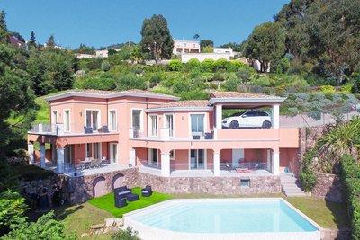 Maison à vendre à MANDELIEU-LA-NAPOULE  - 6 pièces - 250 m²