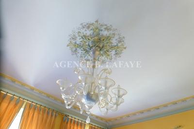 Apartment for sale in BORDEAUX  - 6 rooms - 166 m²