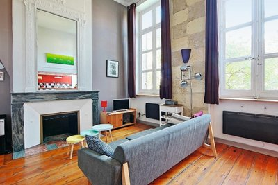 Apartment for sale in BORDEAUX  - 2 rooms - 55 m²