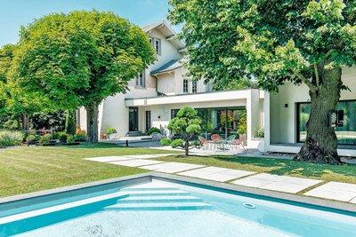 Maison à vendre à FONTAINES-SUR-SAÔNE  - 10 pièces - 360 m²