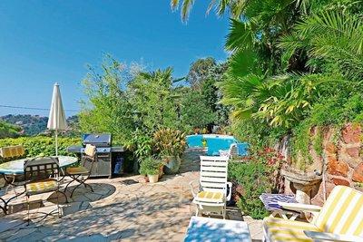 Maison à vendre à THÉOULE-SUR-MER  - 6 pièces - 140 m²
