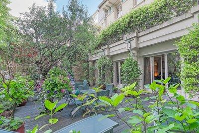 Maison à vendre à PARIS 16EME  - 10 pièces - 465 m²