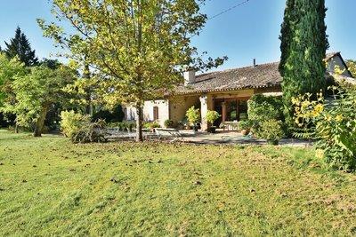 Maison à vendre à MONTASTRUC-LA-CONSEILLÈRE  - 8 pièces - 365 m²
