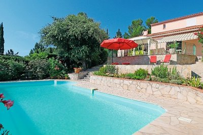 House for sale in ROQUEBRUNE-SUR-ARGENS  - 6 rooms - 140 m²