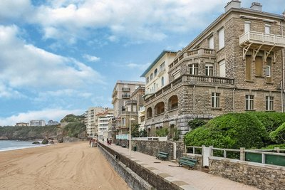 Apartment for sale in BIARRITZ  - 3 rooms - 65 m²