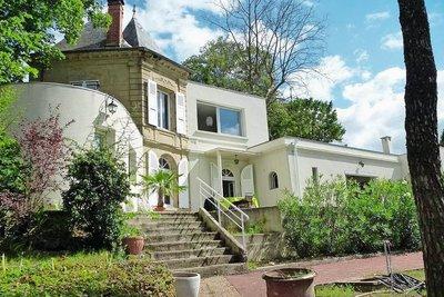 Maison à vendre à ROMANS-SUR-ISÈRE  - 5 pièces - 192 m²