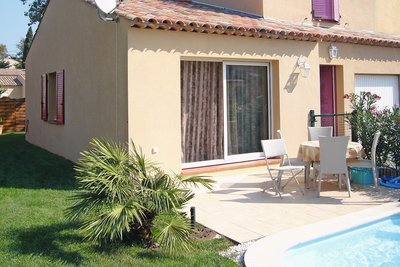 House for sale in ROQUEBRUNE-SUR-ARGENS  - 4 rooms - 91 m²