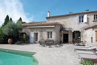 Maison à vendre à VAISON-LA-ROMAINE  - 14 pièces - 410 m²