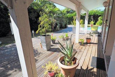 House for sale in LA TESTE-DE-BUCH  - 5 rooms - 145 m²