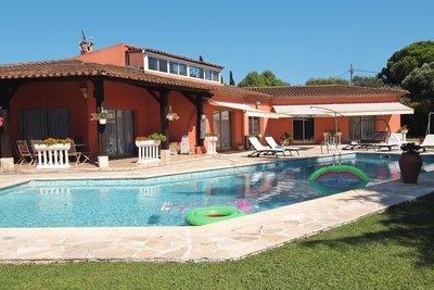 Maison à vendre à ANTIBES  - 7 pièces - 300 m²