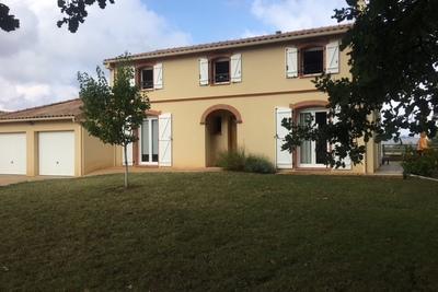 Maison à vendre à LÉGUEVIN  - 6 pièces - 131 m²