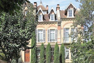 Maison à vendre à AUCH  - 12 pièces - 235 m²
