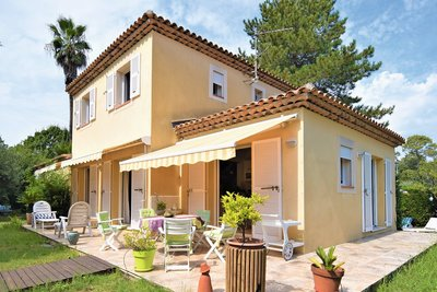 Maison à vendre à ST-RAPHAËL  - 5 pièces - 140 m²