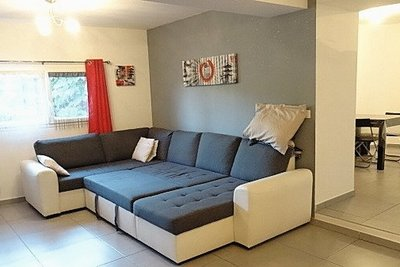Maison à vendre à PEYNIER  - 4 pièces - 94 m²