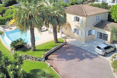 Maison à vendre à ANTIBES  - 7 pièces - 236 m²