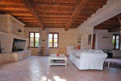 Maison à vendre à FONTVIEILLE  - 8 pièces - 225 m²